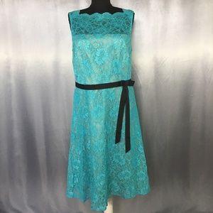 Calvin Klein womens floral lace dress